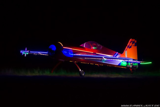 www.stealth-hangar-night-fly.de
